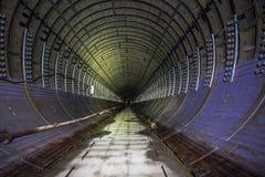 Abandonado alrededor del túnel del subterráneo bajo construcción Fotos de archivo