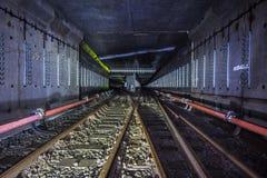 Abandonado alrededor del túnel del subterráneo bajo construcción Fotografía de archivo libre de regalías