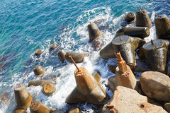 Abandonado amarrando las piedras, Crimea Foto de archivo