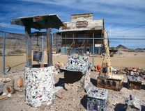 Abandonado bien en un pueblo fantasma Foto de archivo libre de regalías