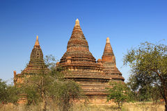 Abandonded forntida tempel, Myanmar Arkivfoton