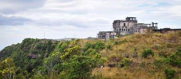 Abandonded hotell på den Bokor kullen i Kampot, Cambodja Arkivbilder