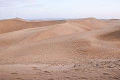 Abandone con las dunas de arena en Gran Canaria España Imagen de archivo libre de regalías