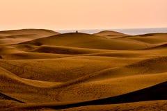 Abandone con las dunas de arena en Gran Canaria España Imágenes de archivo libres de regalías