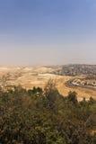 Abandone el área de Cisjordania y las ciudades y los pueblos palestinos detrás de la pared de separación de Cisjordania Fotos de archivo libres de regalías