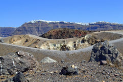 Abandone el paisaje alrededor del cráter volcánico, Nea K Imagen de archivo