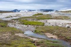 Abandone el paisaje, campo geotérmico Hveravellir, Islandia Foto de archivo