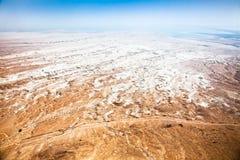 Abandone el paisaje cerca del mar muerto visto de la fortaleza de Masada Imagen de archivo libre de regalías