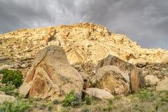 Abandone el paisaje de los acantilados del libro en Utah del este Imagen de archivo