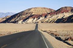 Abandone la carretera de dos calles Fotografía de archivo libre de regalías