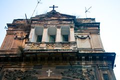 Abandone la iglesia en Nápoles Italia imagenes de archivo