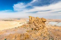 Abandone la opinión escénica del paisaje del mar muerto del acantilado de la roca, Israel Foto de archivo
