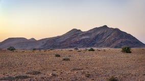 Abandone las dunas de arena en Namibia meridional tomada en enero de 2018 Fotos de archivo