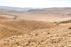 Abandone los acantilados del canto de las montañas, paisaje del sur de Israel Imagenes de archivo