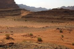 Abandone a Wadi Rum llamado en Jordania en el Oriente Medio Fotos de archivo libres de regalías
