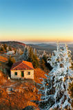 Abandoned Cottage House in Winter Royalty Free Stock Photos
