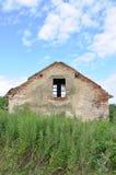 Abandoned fördärvar huset Royaltyfri Foto