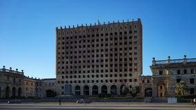 Abandoned förstörde administrationsbyggnaden i Sukhumi Arkivbilder