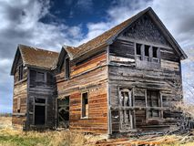 An abandoned farm house in Saskatchewan, Canada stock photo