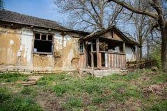 Abandoned glömt hus Royaltyfri Foto
