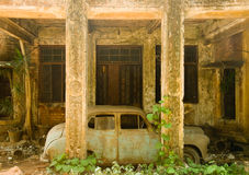 Abandoned house and car Royalty Free Stock Photography