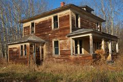 Abandoned house in fall Royalty Free Stock Image