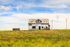Free Abandoned House In The Middle Of The Meadow Stock Image - 81489131