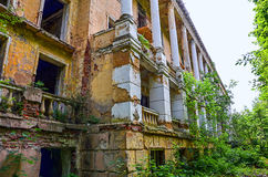 Abandoned house. Old abandoned brick house in the daytime Stock Photography