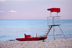 Abandoned lifeguard tower and boat Royalty Free Stock Photography
