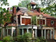 Abandoned mansion Royalty Free Stock Photo