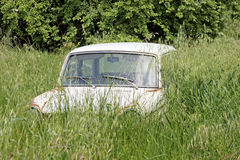 Abandoned old car Royalty Free Stock Images