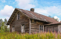 Abandoned old log farmhouse Stock Photography