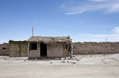 Abandoned Salt House. A lonely salt-made house in the middle of the Bolivian desert Royalty Free Stock Photos