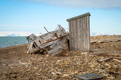 Abandoned ship on the shore in Svalbard Royalty Free Stock Photos