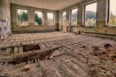Abandoned skövlade rum Royaltyfri Fotografi