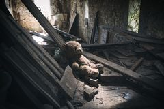 Abandoned teddy bear Royalty Free Stock Photo
