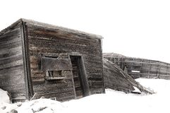 Abandoned Wood Farm Building in Winter Royalty Free Stock Photography