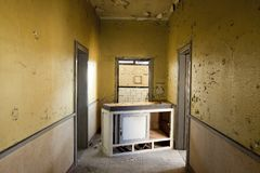 Abandoned yellow home interior Royalty Free Stock Photos