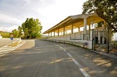 Abandonné emballant la tribune complexe, Floriopolis, Cerda, Sicile Photos libres de droits