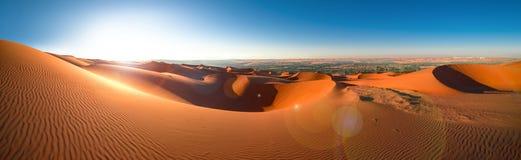 Abandonnez Al Khali, émirats, Abu Dhabi, Liwa, janv. de ` de bande de frottement 2018 Images libres de droits
