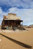 Abandonnez la cabane à la rhyolite, Nevada Photographie stock libre de droits