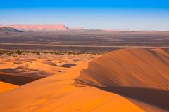 Abandonnez la dune à l'erg Chebbi près de Merzouga au Maroc Photos stock
