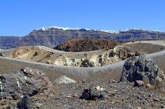 Abandonnez le paysage autour du cratère volcanique, Nea K Image stock