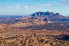 Abandonnez les collines et les plaines dans le MacDonnells occidental Photo stock