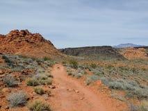 Abandonnez les vues panoramiques des sentiers de randonnée autour de St George Utah autour de Beck Hill, de Chuckwalla, de mur de Photo libre de droits