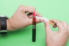 Abandono de fumar Imagen de archivo libre de regalías