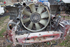 Abandono por años y viejos mohos de los camiones Interior del coche viejo abandonado Foto de archivo