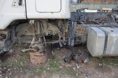 Abandono por años y viejos mohos de los camiones Interior del coche viejo abandonado Imagenes de archivo