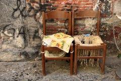Abanoned-Stühle Stockfotos