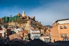 Abanotubani est le secteur antique de Tbilisi, la Géorgie Photographie stock libre de droits